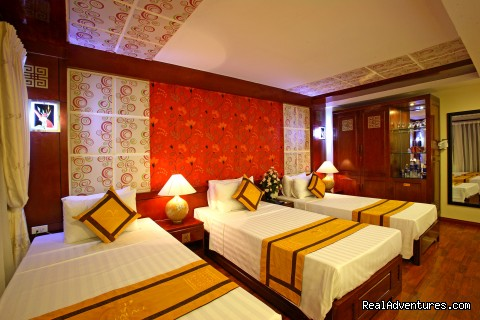 Hanoi Asia Palace Hote great Location: Suite Family room