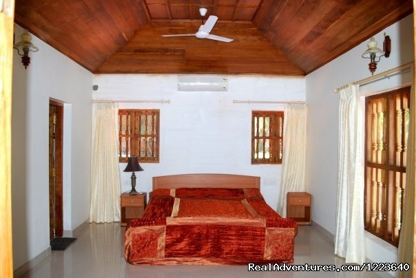 Furnished a/c bedrooms with a sea view | Image #4/20 | Ocean Hues Beach House - Seaside Holiday in Kerala