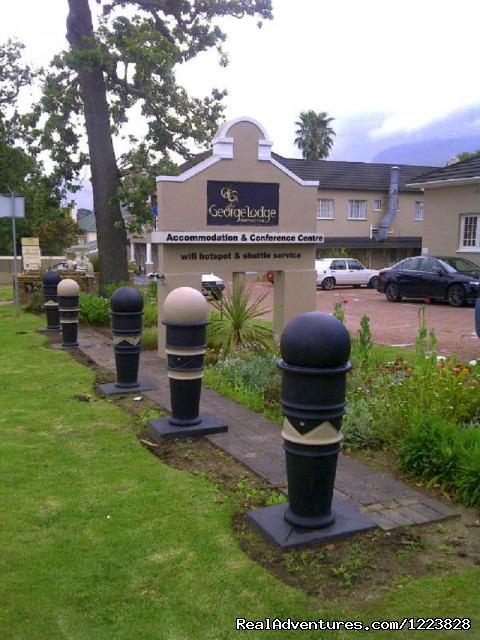 - George Lodge Tours and Shuttles - Garden Route