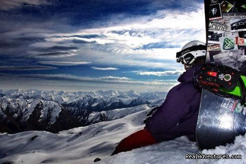 NZ Snow Tours, Chilling at Cardies - NZ Snow Tours