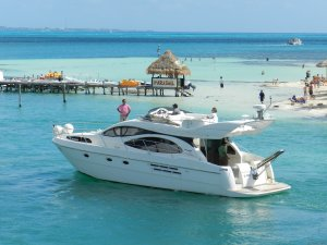 Luxury Yacht Charter Cancun Riviera Maya Mexico Cancun, Mexico Sailing & Yacht Charters