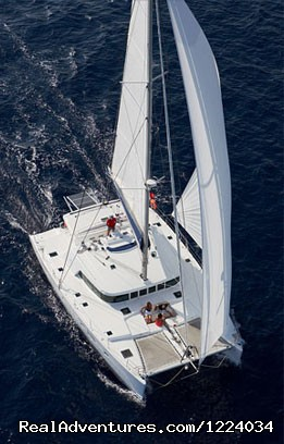 catamaran rent - Luxury Yacht Charter Cancun Riviera Maya Mexico