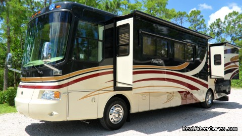 Image #4 of 7 - Luxury RV Rentals in California