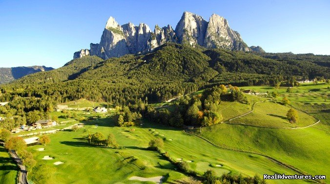 golf court of Castelrotto | Image #11/12 | Abinea Dolomiti Romantic Hotel in Italy