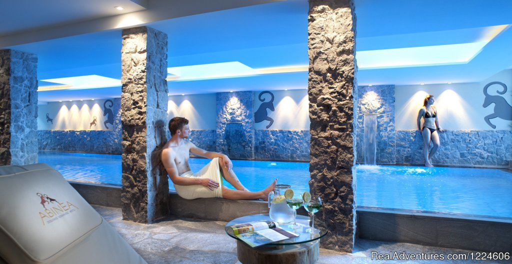 Swimming Pool | Image #8/12 | Abinea Dolomiti Romantic Hotel in Italy
