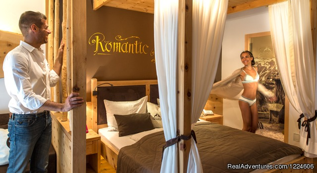 Rooms And Suites - Abinea Dolomiti Romantic Hotel in Italy