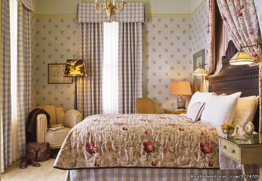 Tallman historic bedroom | Image #2/8 | Tallman Hotel