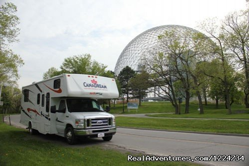 Motorhome in Montreal | Image #1/7 | Acton Vale, Quebec  | RV Rentals | CanaDream RV Rentals & Sales - Montreal