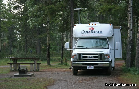 RV rental - Canada - CanaDream RV Rentals & Sales - Montreal