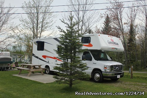 A Quebec RV Campground - CanaDream RV Rentals & Sales - Montreal