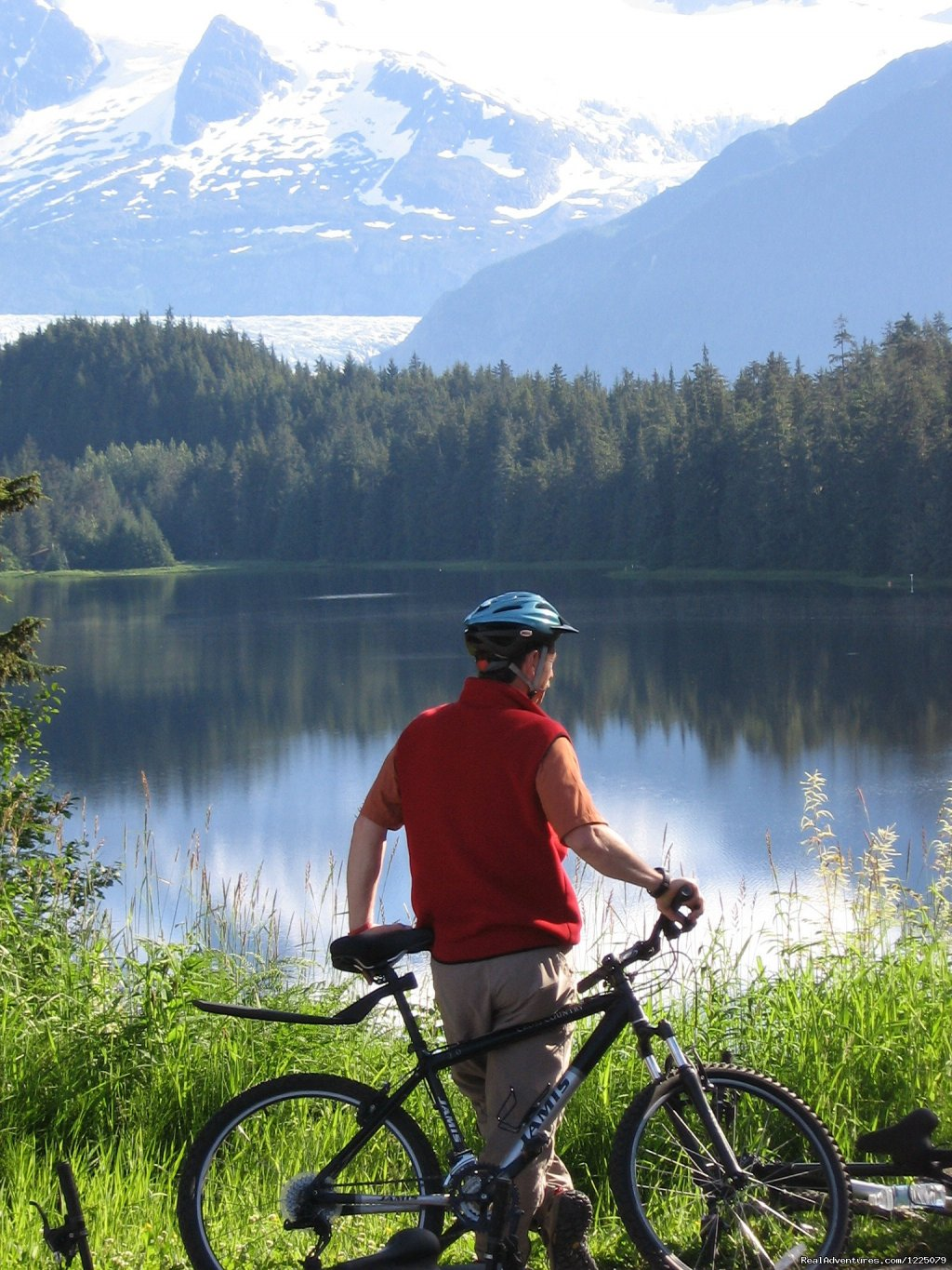 We provide affordable bike and walking tours in Juneau, AK: Bike & Brew; Bike & Tram, Downtown Walking Tour. Great equipment. Knowledgeable local guides. We also have bike rentals: road, mountain, cruisers.