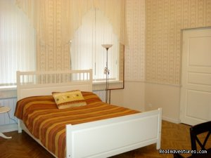 Cozy 3-room apartment in St. Petersburg  Saint Petersburg, Russian Federation Bed & Breakfasts