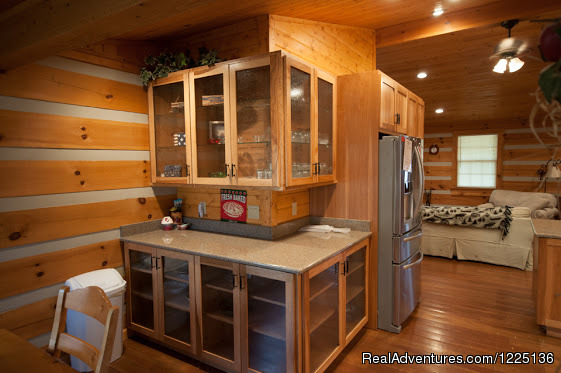 Dining area - Kentucky Lake Log Home