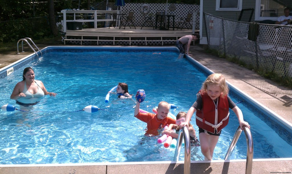Family time at the pool! | Image #2/3 | Cozy Inn-Lakeview House & Cottages in Weirs Beach