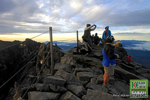 Reach the Top - Low Peak of Mount Kinabalu - 3D/2N Mount Kinabalu Climbing & Poring Hot Spring