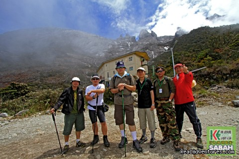 3D/2N Mount Kinabalu Climbing & Poring Hot Spring Successful Climber