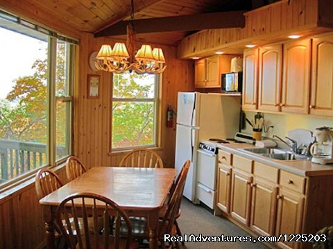 Eagle's Nest, Villa #2, Kitchen - Spirit Mountain Villas - Duluth Four Season Resort