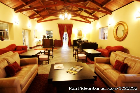 Lobby and Redwood Room  - Romantic Wine Country, Spa and Redwoods Getaway