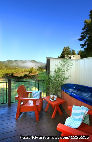 Vineyard view and hot-tub - Romantic Wine Country, Spa and Redwoods Getaway