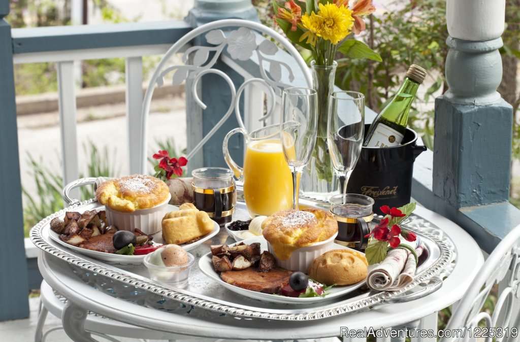 Your elf-delivered breakfast | Image #17/23 | Cliff Cottage B&B Luxury Suites/Historic Cottages
