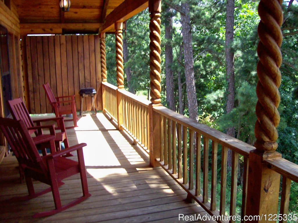 Tucked into the Ozarks and located only 1 1/2 miles from historic Eureka Springs, Red Bud Valley is one of the most peaceful, scenic and relaxing locations for Romance or family get-togethers. Open all year.