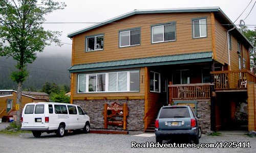 Specializing in multi-day fishing/lodging custom packages. Lodge is adjacent to Thomsen Harbor with harbor view rooms. Wi/Fi & guest computers w/ Internet, Cable TV, massage chairs, free laundry, transportation.