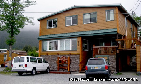 Wild Strawberry Lodge Pictures