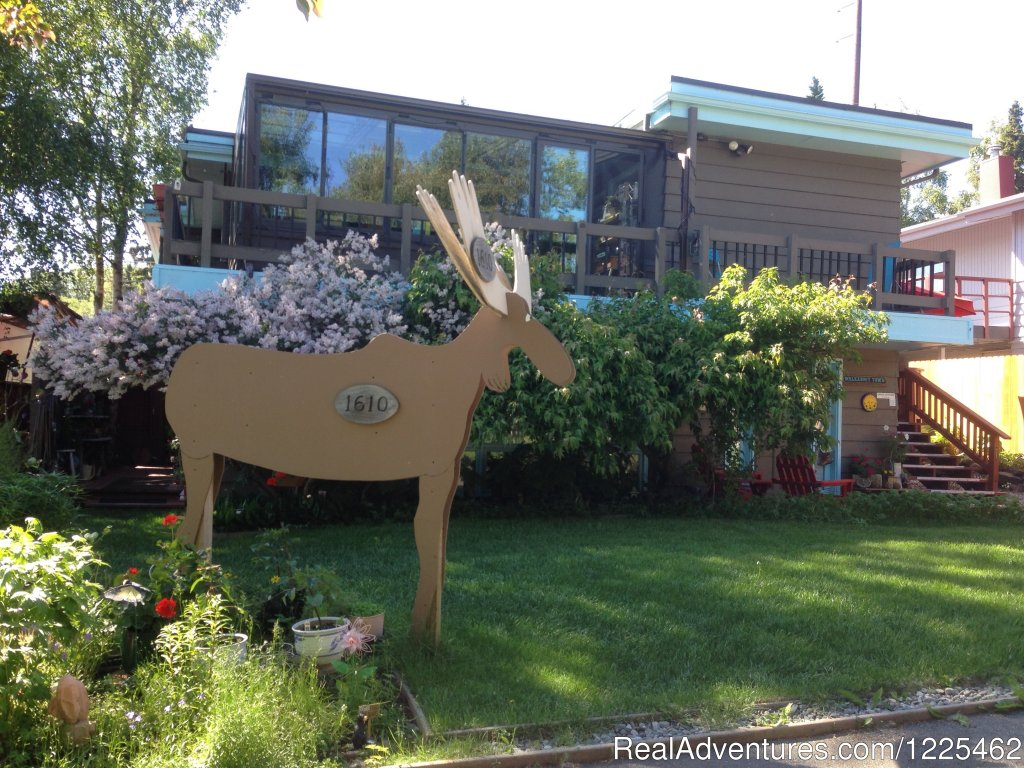 Anchorage Walkabout Town B&B | Image #2/2 | Anchorage Walkabout Town Bed & Breakfast