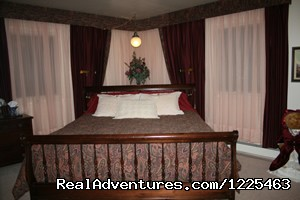 The Grizzly Room - Big Bear Bed & Breakfast