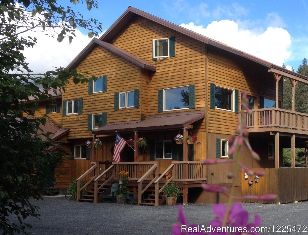 Bear Lake Lodgings B&B, Front Entry Side of Lodging | Image #2/17 | Bear Lake Lodgings B&B
