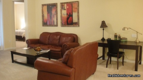 Comfortable 4th floor luxury condo in Vista Cay