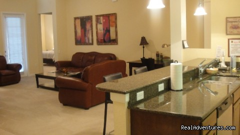 - Comfortable 4th floor luxury condo in Vista Cay