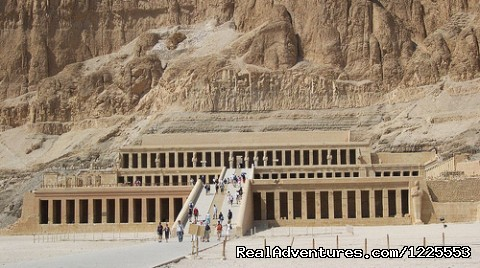 Hatshipsut Temple In Luxor - Day trip to Luxor Valley of Kings from Hurghada