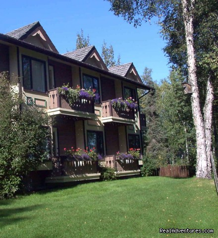 Riverview side of lodge (#3 of 26) - A Alaska Fishing Lodge and Soldotna B&B