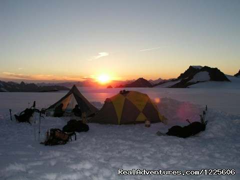 Mountaineering camp - St. Elias Alpine Guides