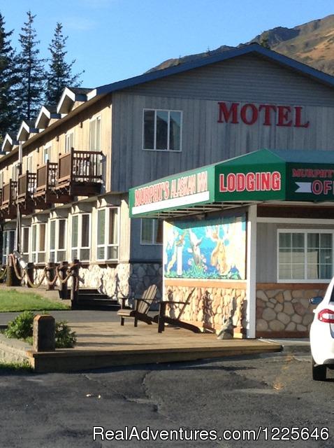 Front View - Murphy's Alaskan Inn