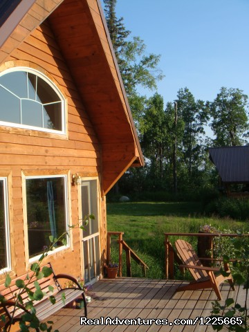 Sultana Cottage - mountainside deck - Private Denali View Lodging in Talkeetna Alaska