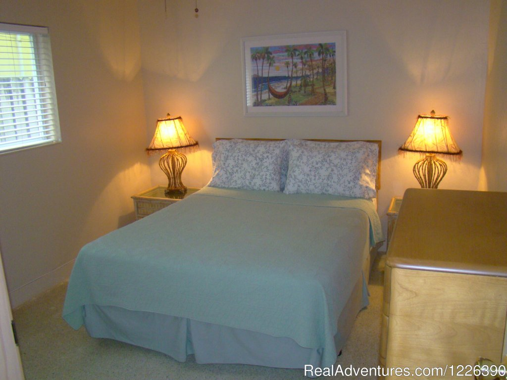 Family One Bedroon, Bedroom | Image #10/17 | The Desoto Ocean View Inn