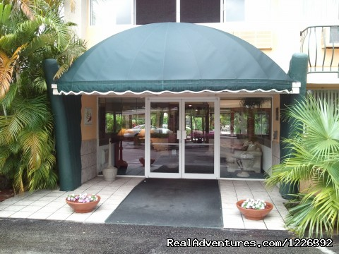 - Hollywood Beach Golf & Country Club