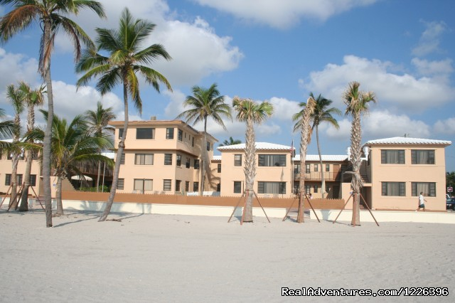 Neptune Hollywood Beach Club: