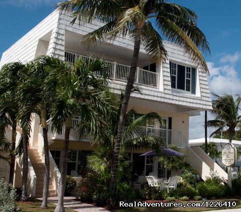 Tropical Ocean View Suites at the Sea Spray Inn