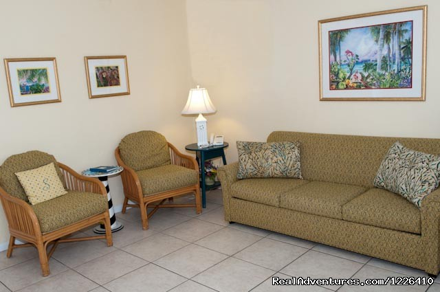 Living Area - Tropical Ocean View Suites at the Sea Spray Inn
