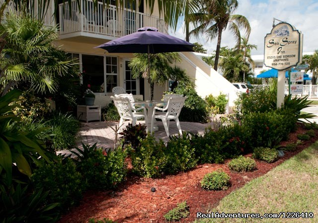 Tropical Garden - Tropical Ocean View Suites at the Sea Spray Inn