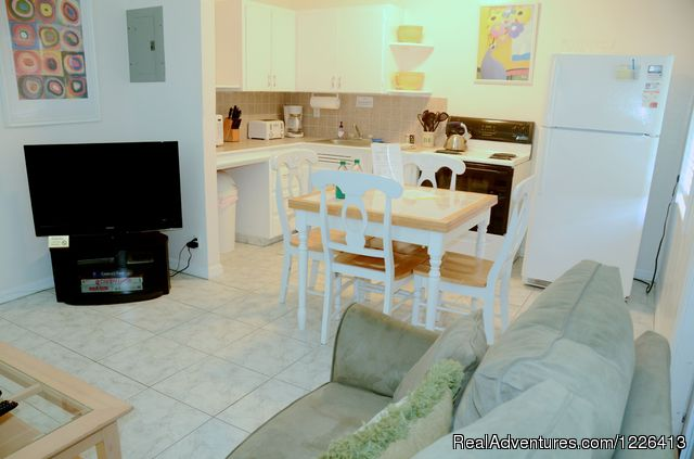 One Bedroom Apartment - Bahama Beach Club - Studios and 1/1 Apts