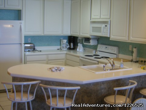 Kitchen -206 (#3 of 18) - 10% EB Disc, 3Br/3Ba Gulf Front Condo, Slp 8, WiFi