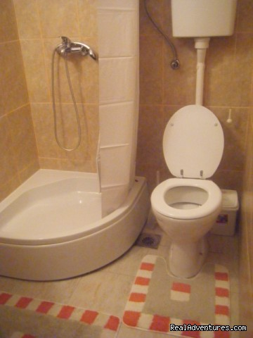 bathroom - Affordable family hotel in the heart of Zrenjanin