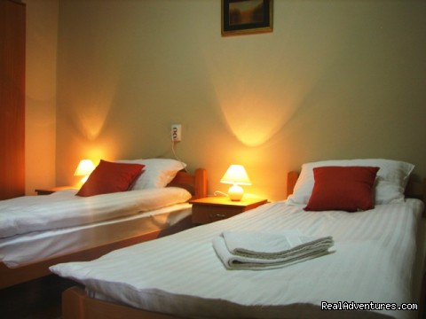 Double bedroom (#8 of 8) - Affordable family hotel in the heart of Zrenjanin