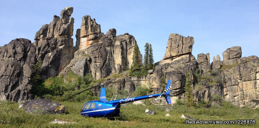 Heli-Sightseeing and Heli-Hiking Tours