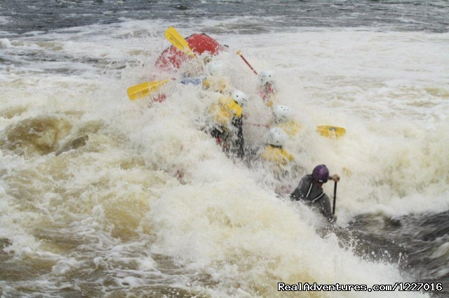 White water rafting excitement - Mooseheadchalet