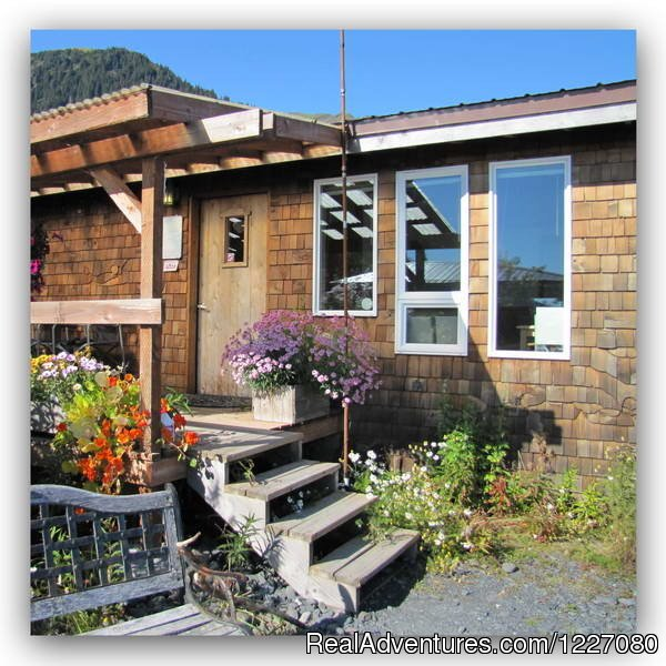 The Gatehouse Cabin from outside | Image #2/26 | The Best Waterfront Lodging in Seward Alaska
